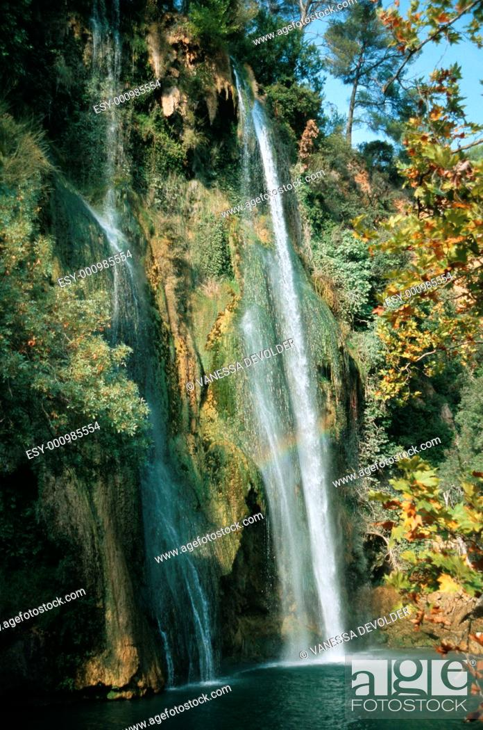 Imagen: Waterfall  Country: France, Region: Provence, City: Sillans  V4FRA132.