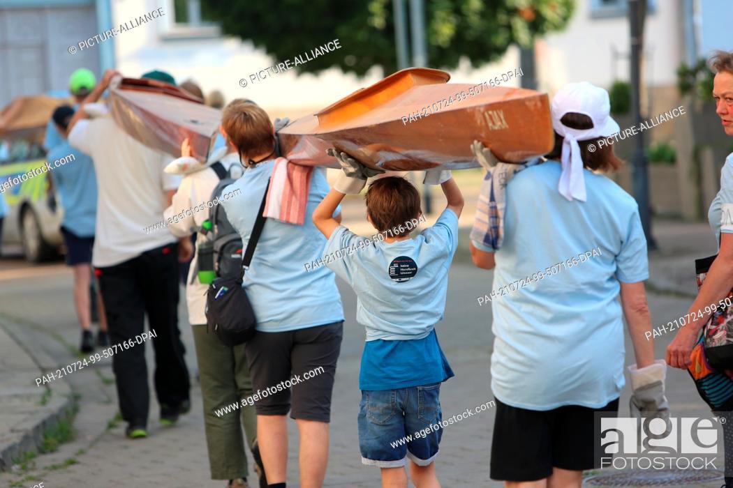 24 July 2021, Saxony-Anhalt, Halberstadt: Participants in ...