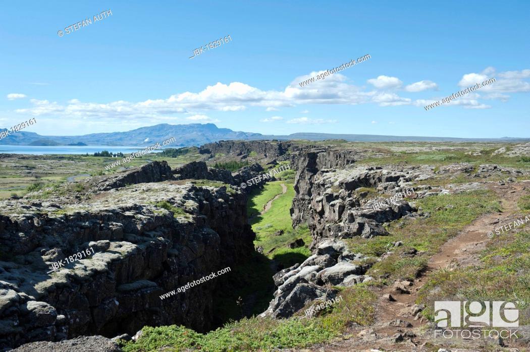 Stock Photo: Almannagjá canyon, Þingvellir, Thingvellir National Park, Golden Circle, Ísland or Iceland, Scandinavia, Northern Europe, Europe.