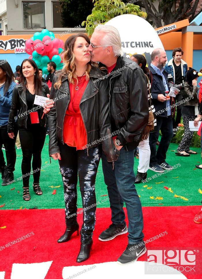 Imagen: 'The Angry Birds Movie' LA premiere at the Regency Theater Featuring: Joely Fisher, Christopher Duddy Where: Westwood, California.