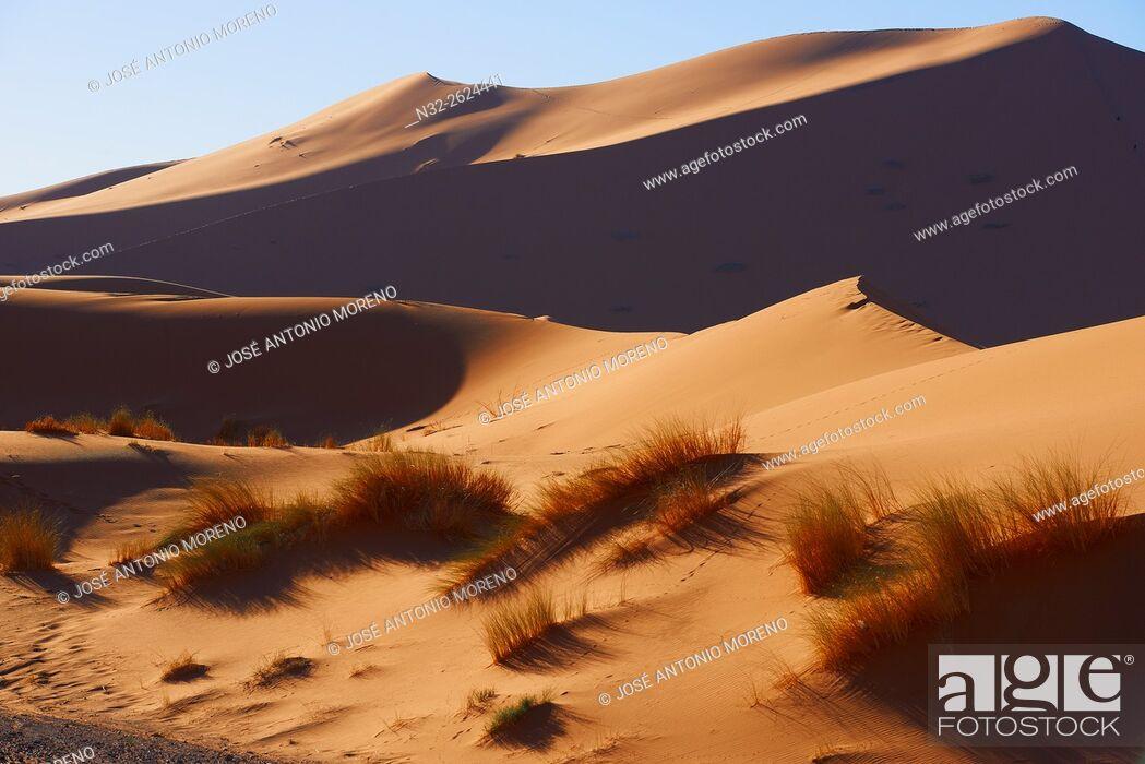 Stock Photo: Merzouga, Erg Chebbi, Merzouga sand dunes, Sahara Desert, Morocco, Maghreb, North Africa.