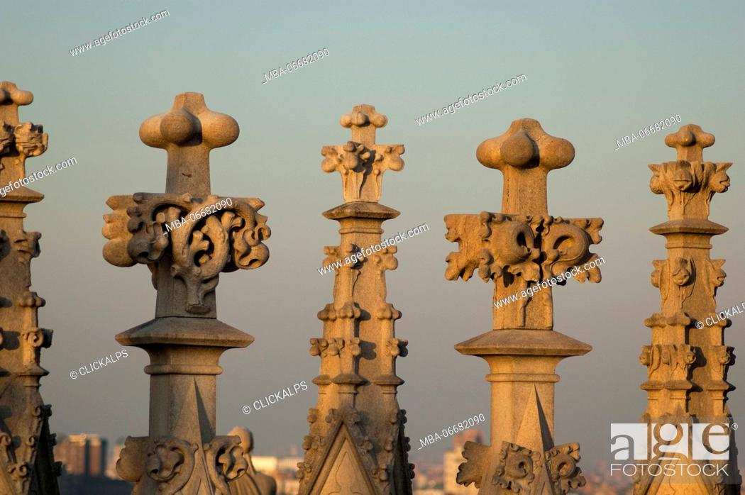 Photo de stock: Details from the spires of Duomo (Milan, Lombardy, Italy).