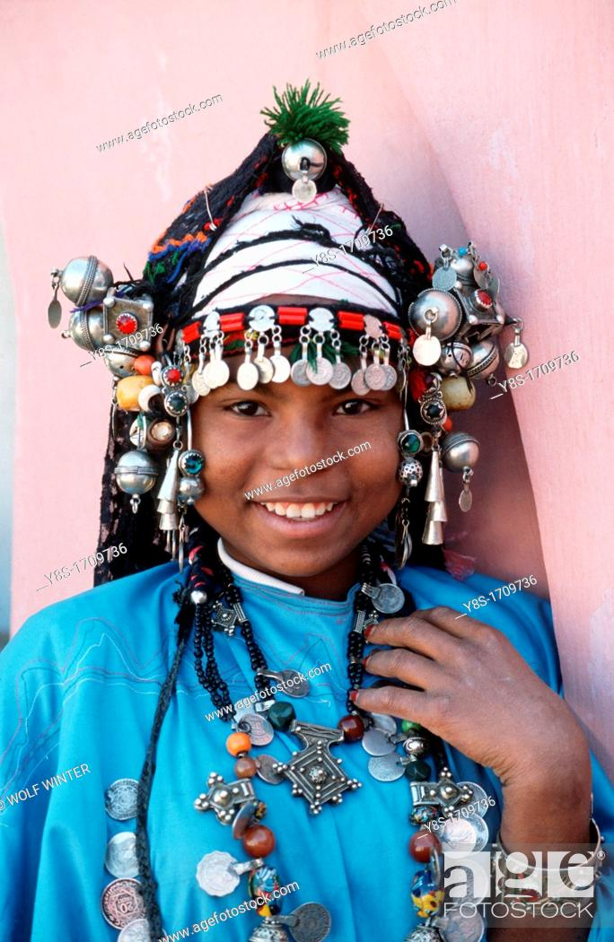 Stock Photo: Moroccan girl with traditional Jewellery in Agadir.