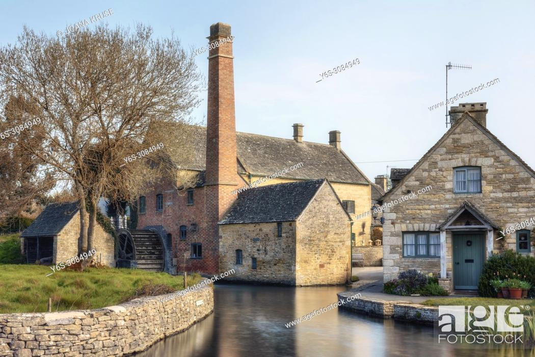 Stock Photo: Lower Slaughter, Cotswold, Gloucestershire, England, UK.