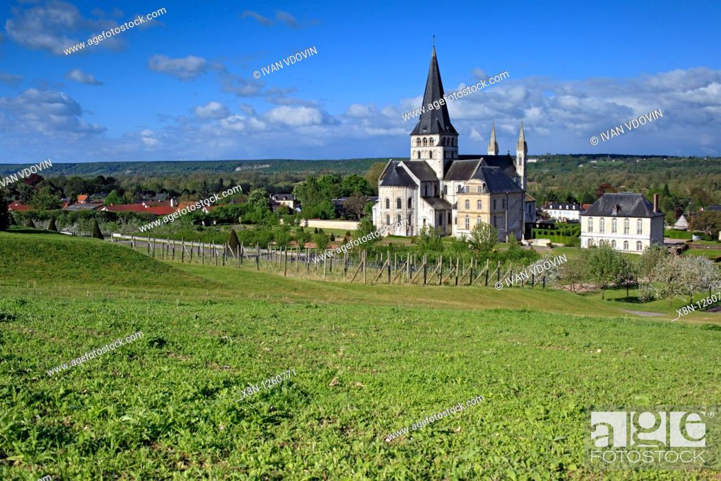 Stock Photo: Abbey church of St  Georges, Saint-Martin-de-Boscherville, Seine-Maritime department, Upper Normandy, France.