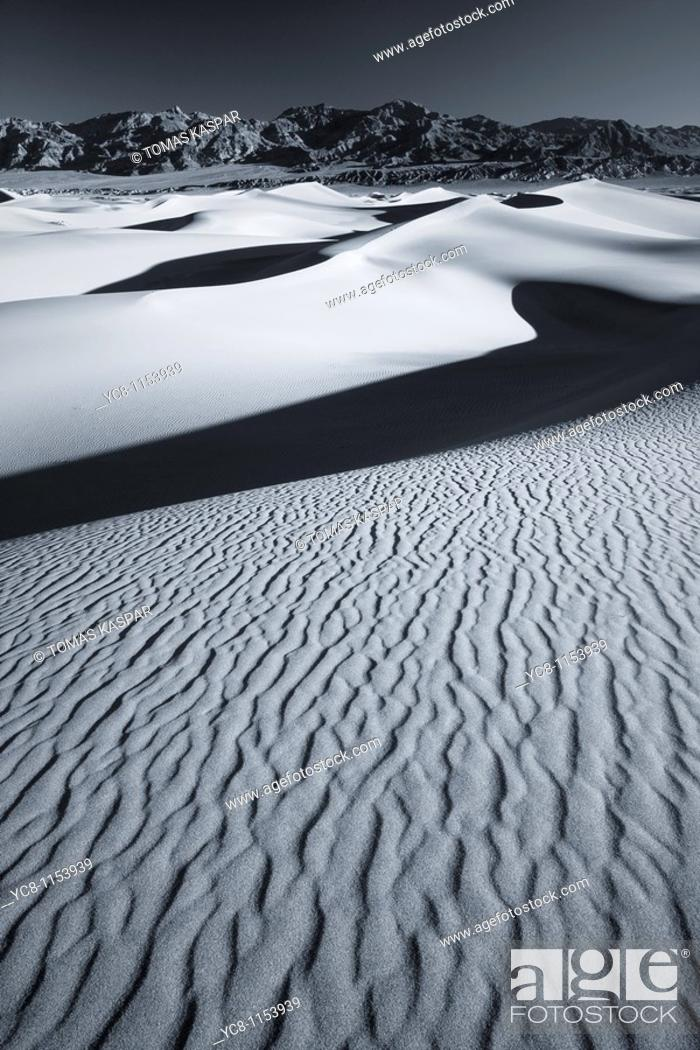 Stock Photo: Black and white sunrise over Mesquite Flat Sand Dunes,Death Valley national park.