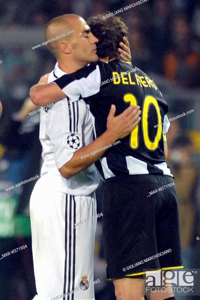 pretty nice a2958 2dd5d fabio cannavaro hugs alessandro del piero,torino 21-10-2008 ...