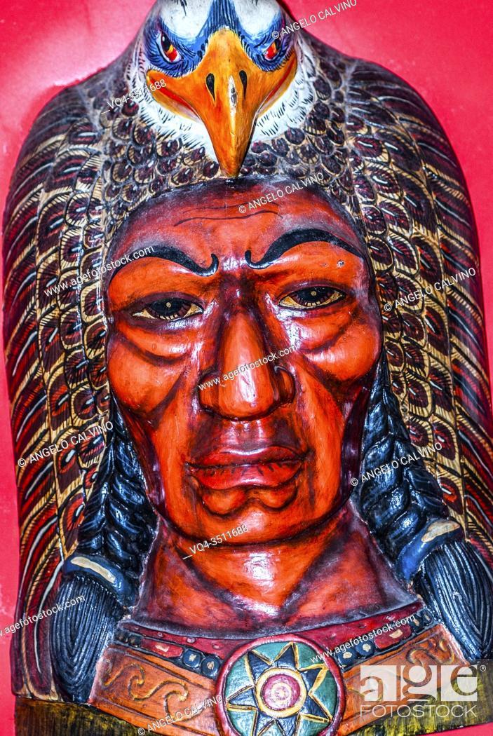 Imagen: Tribal mask of American Indios.