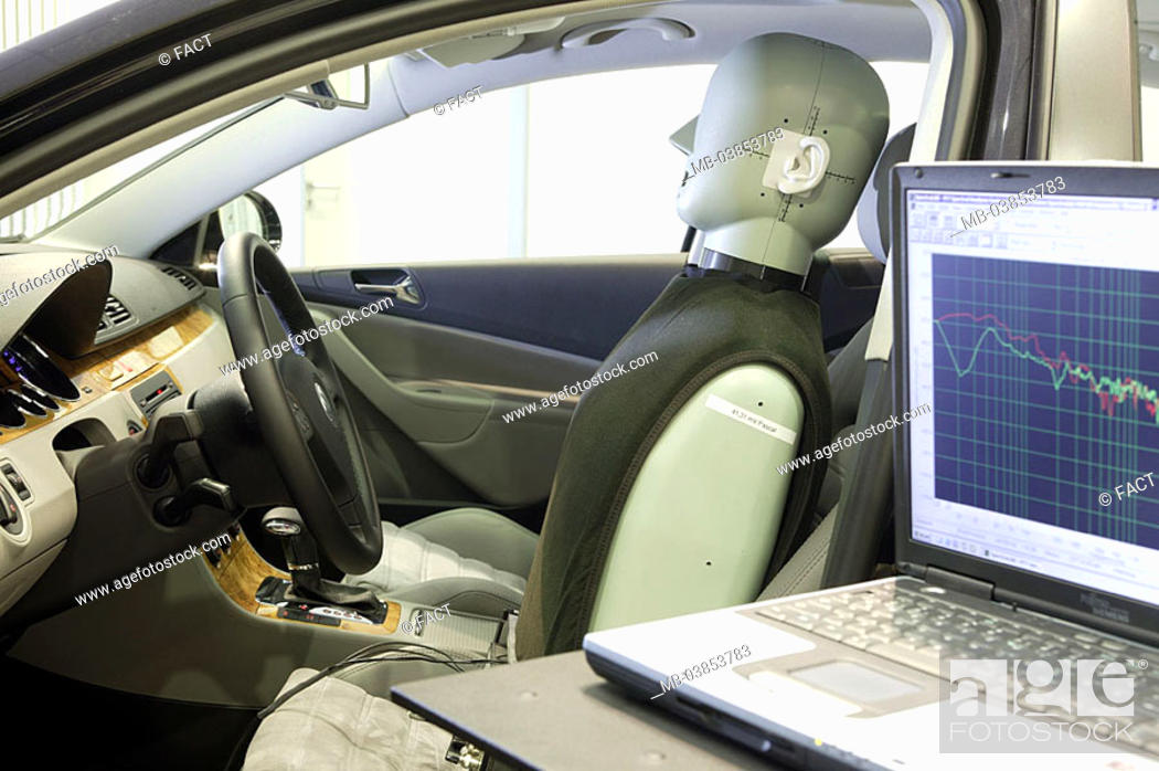 Measuring-laboratory, private car, test-vehicle, Dummy