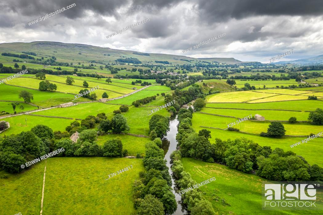 Stock Photo: A river cutting through the Yorkshire dales, United Kingdom.