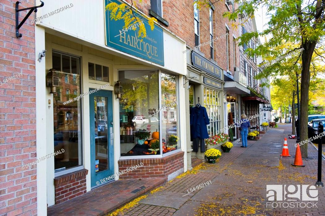 Stock Photo: Street Shops Skaneateles New York Finger Lakes Region.