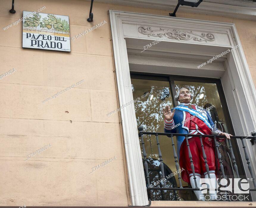 Imagen: Estatua o figura de Carlos III en el Paseo del Prado. Madrid. España.