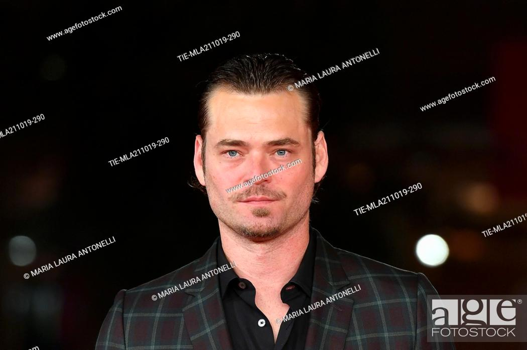 Imagen: Christopher Backus poses during the red carpet for 'Drowing' at the 14th annual Rome Film Festival, in Rome, ITALY-20-10-2019.