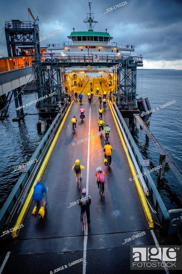 Stock Photo: Seattle ferry terminal, Washington State.