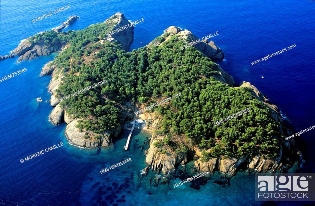 Stock Photo: France, Bouches du Rhone, La Ciotat, Green Island aerial view.