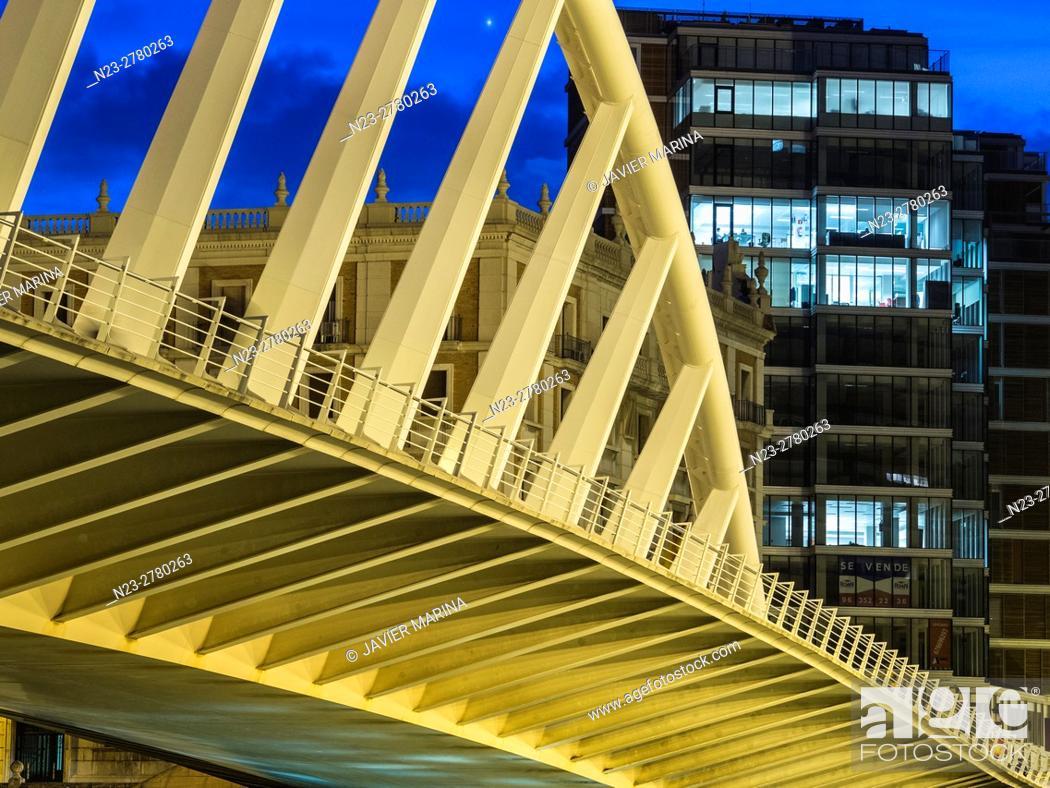 Stock Photo: Puente de la Exposición bridge, Valencia, Spain.