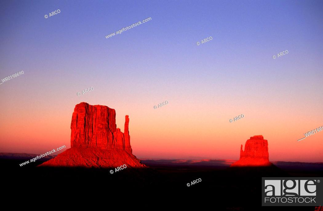 Stock Photo: Monument, Valley, Arizona, USA.