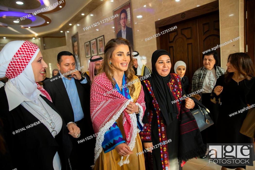 Queen Rania With Members Of The Al Da Aja Tribe In Amman On December 01 2019 Stock Photo Picture And Rights Managed Image Pic Pah 1525 127513549 Agefotostock