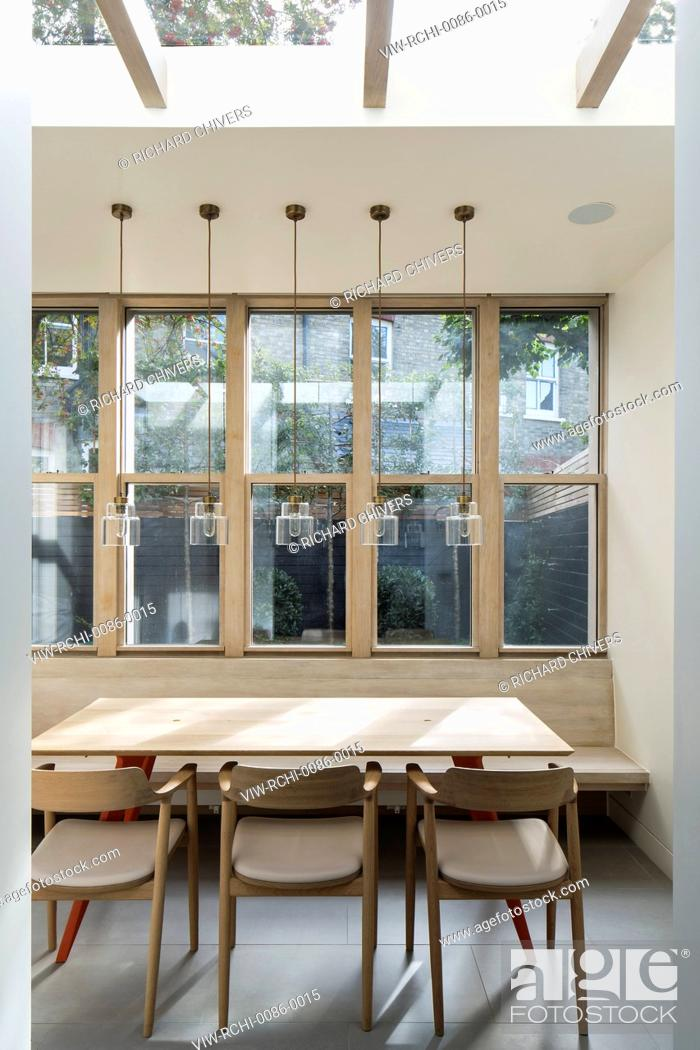 Imagen: An extension of an Edwardian terrace property in Belsize Park, it replaces an existing conservatory creating more usable space i.