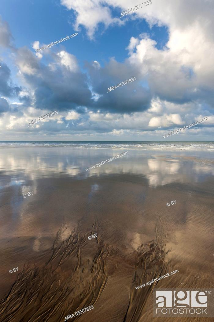 Stock Photo: Water reflection on the beach, Alabaster Coast, Normandy.