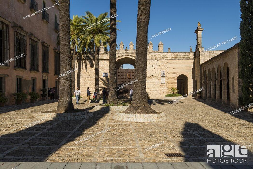 Imagen: The Alcazar in Jerez de la Frontera, Cadiz province, Andalucia, Spain.