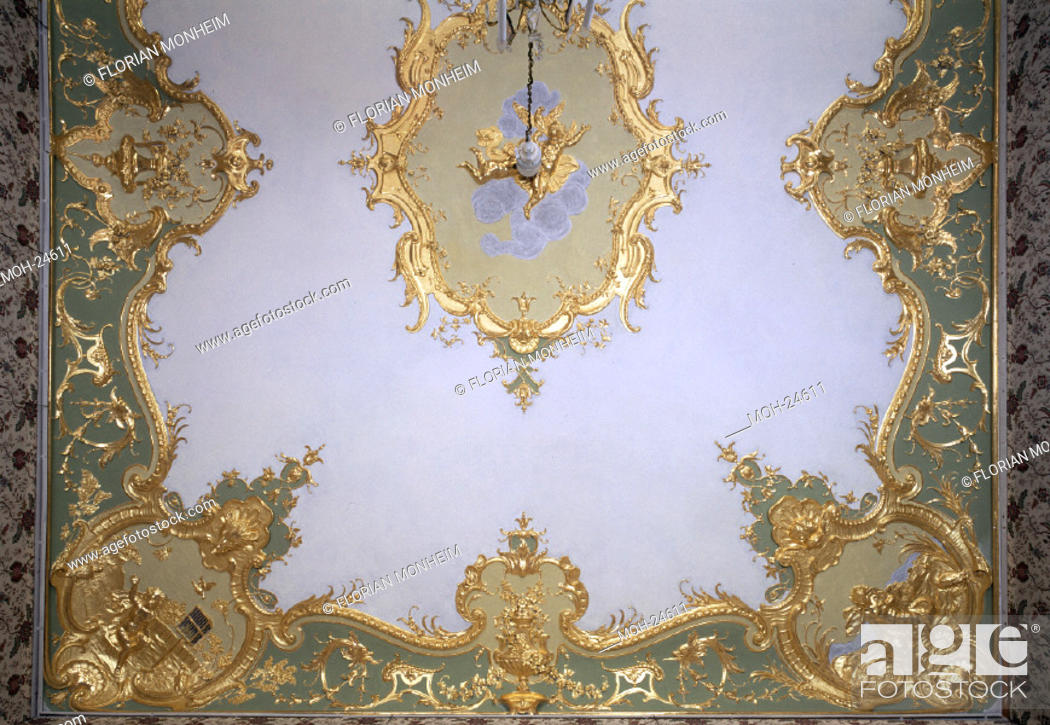 Bruhl Schloss Falkenlust Unteres Schlafzimmer Decke Stock Photo