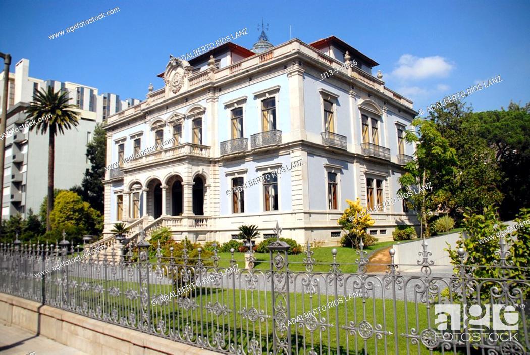 Stock Photo: Building, Porto, Portugal.