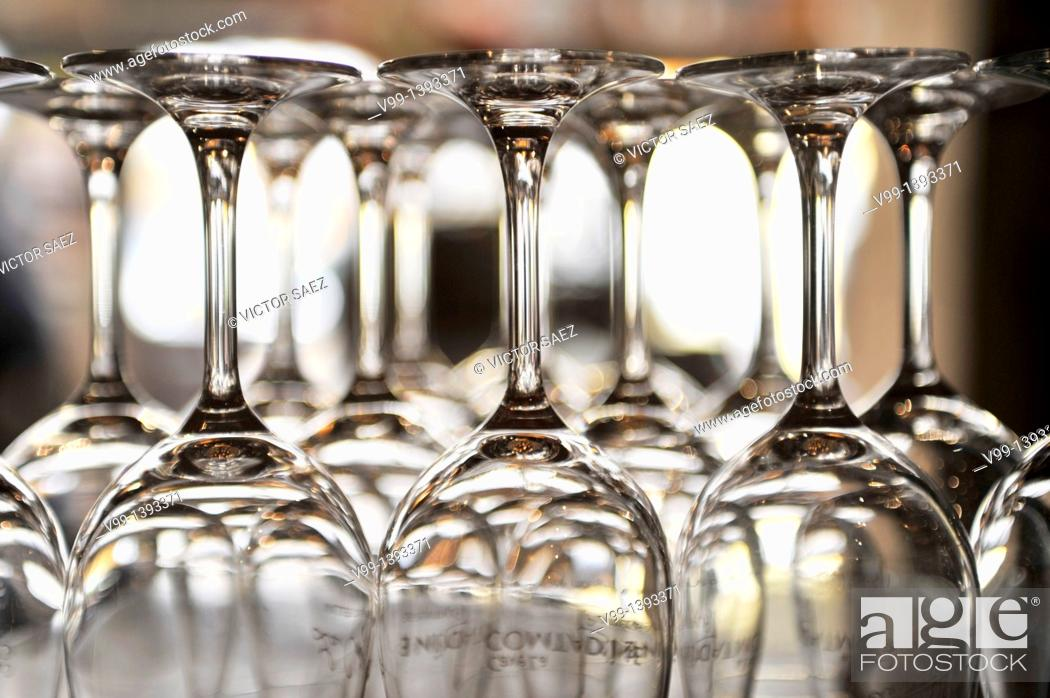 Stock Photo: Empty glasses on bar counter.