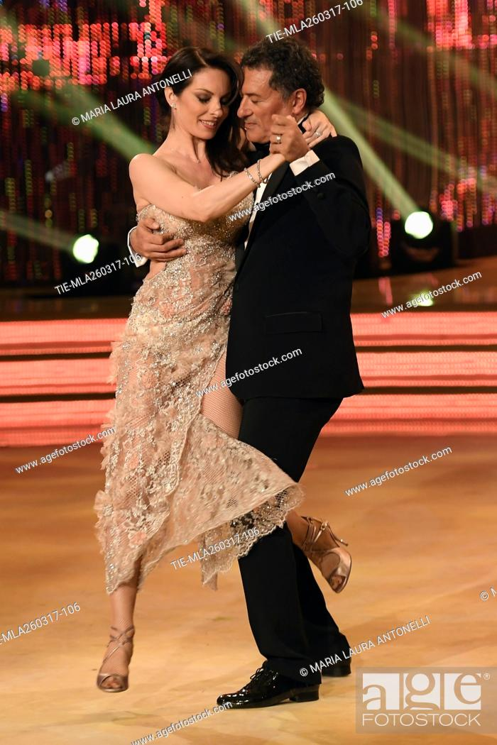 Imagen: The former football player Claudio Gentile dancing with Roberta Beccarini during the tv show Ballando con le stelle, Rome, 25-03-2017.