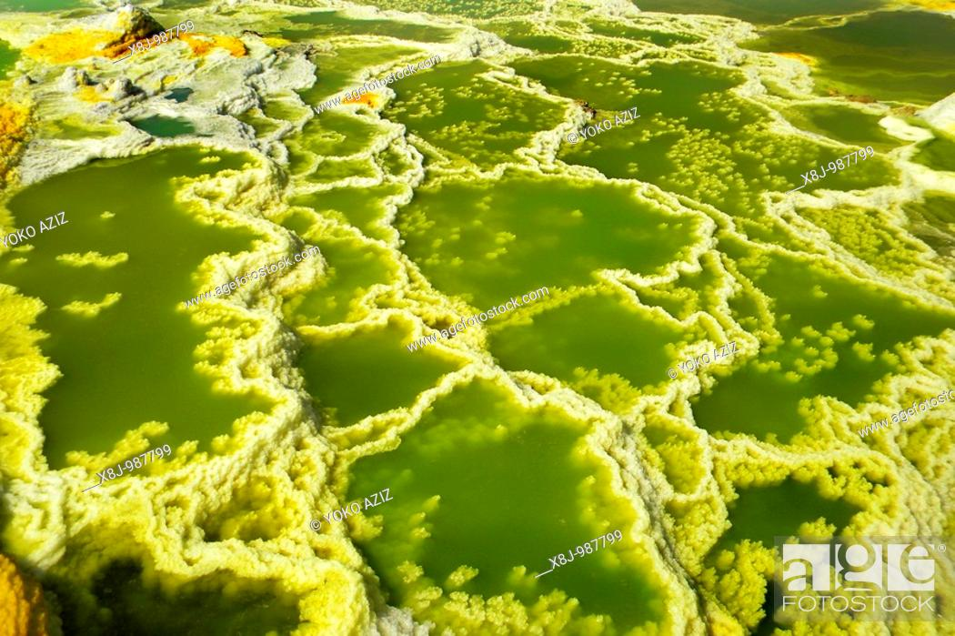 Stock Photo: Sulfuric acid pond Dallol is a volcanic, danakil depression, ethiopia.