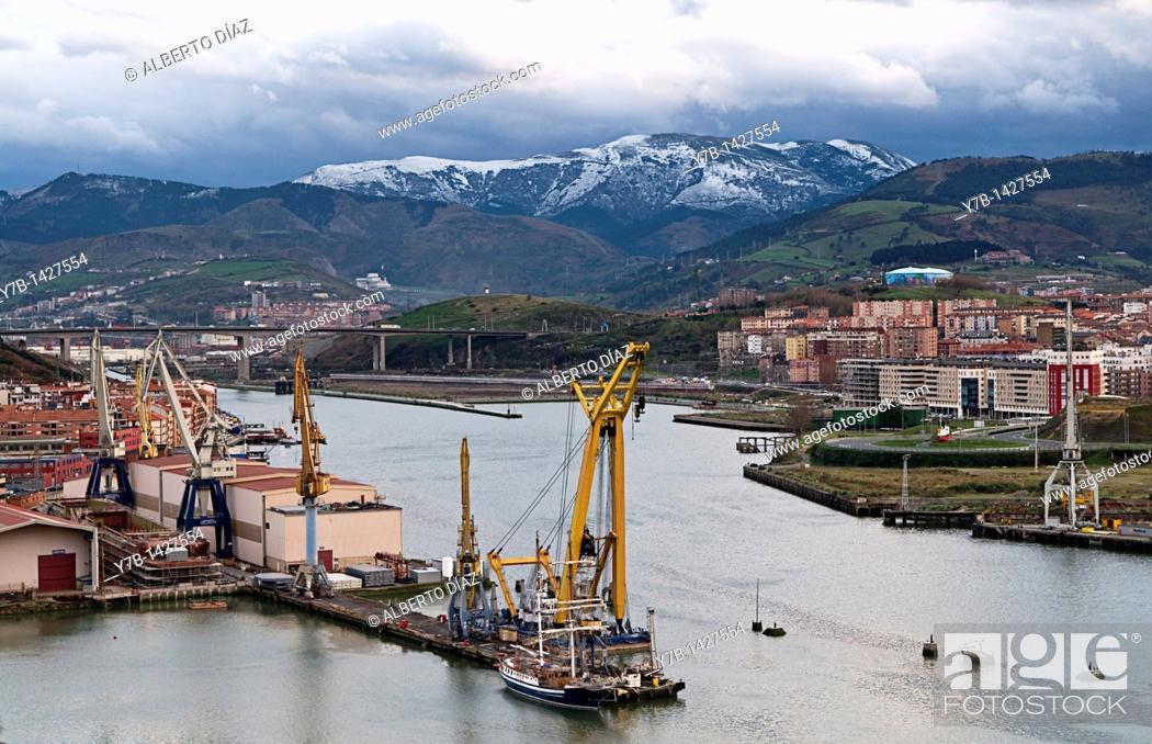 Stock Photo: Celaya shipyards in the River Nervion in Erandio, Bizkaia.
