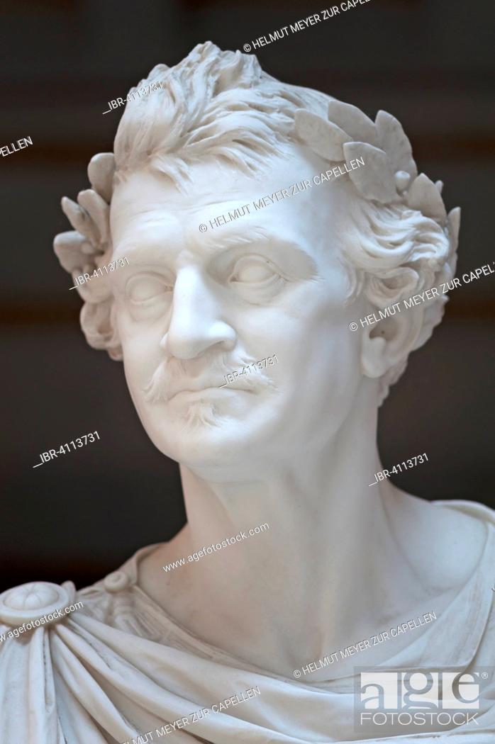 Imagen: Portrait, detail of sculpture of Louis I., King of Bavaria, 1786-1868, founder of Walhalla, Donaustauf, Upper Palatinate, Bavaria, Germany.