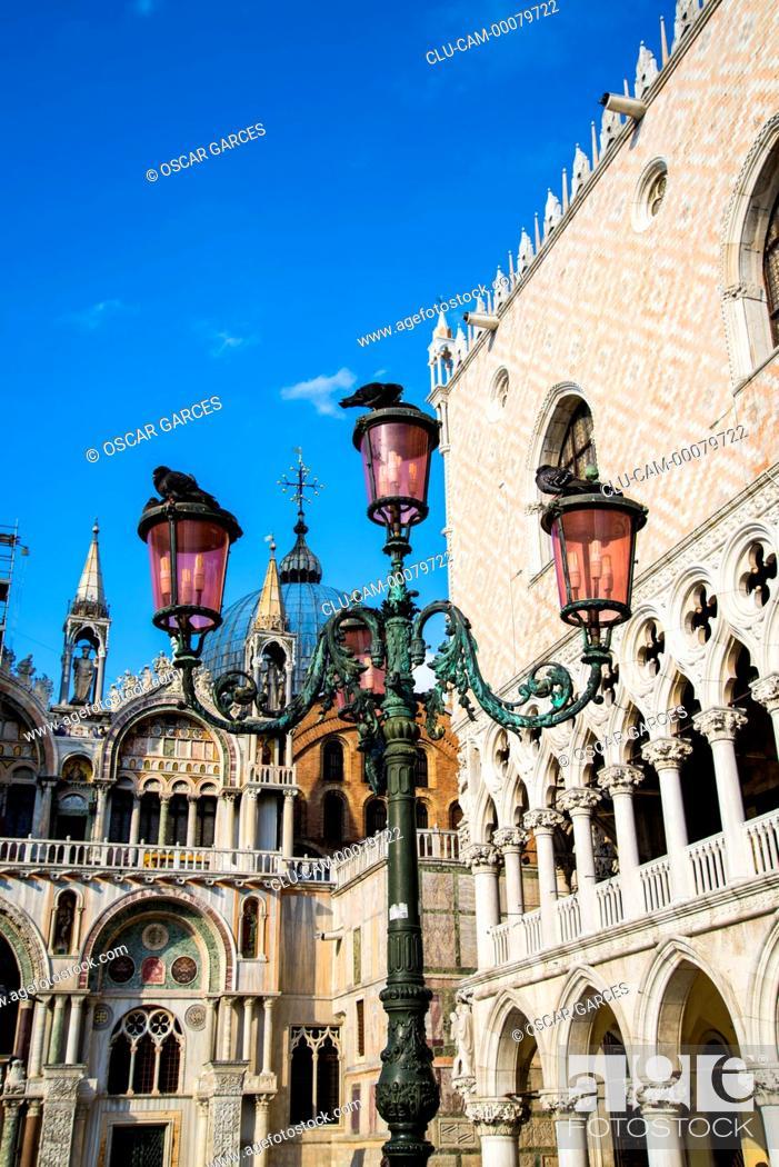 Stock Photo: St Mark's Basilica, Venice, San Marcos Square, Italy, Western Europe.