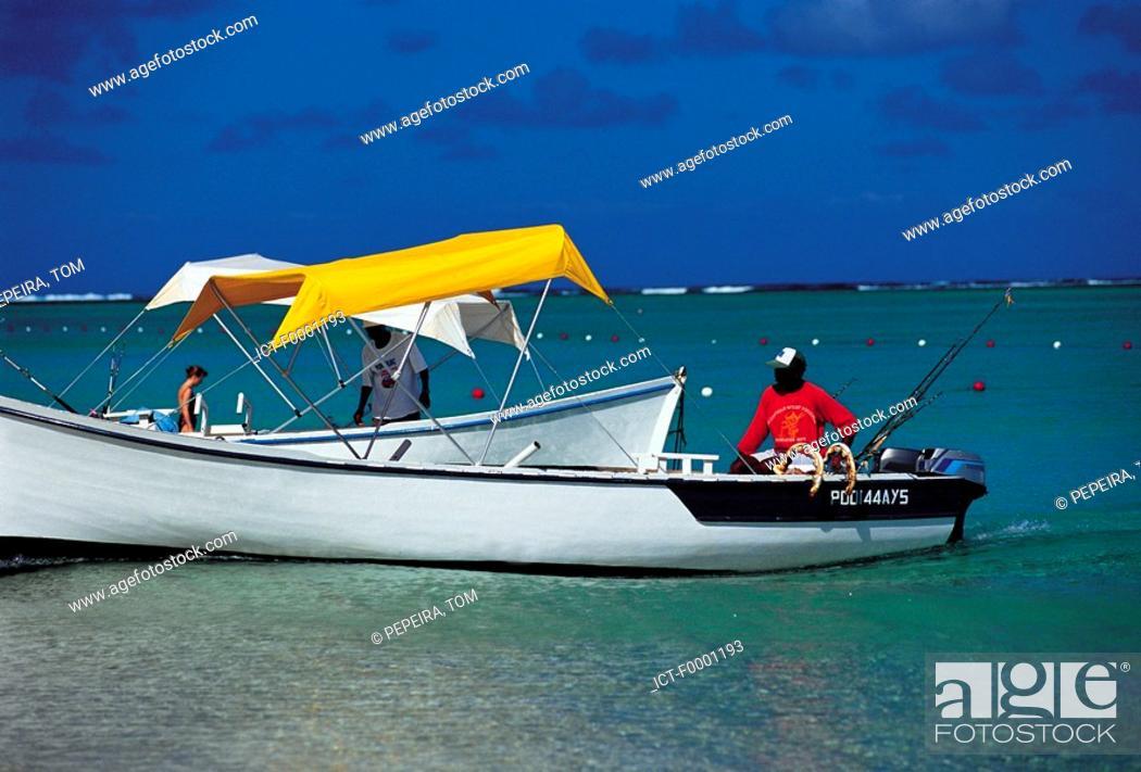 Stock Photo: Mauritius, Morne Brabant, boats.