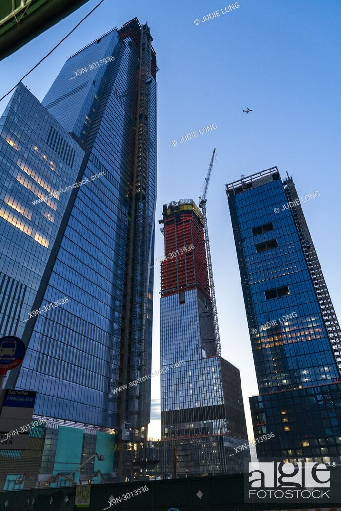 Imagen: Manhattan, New York City. West Side Construction Site of Four Tall Buildings.