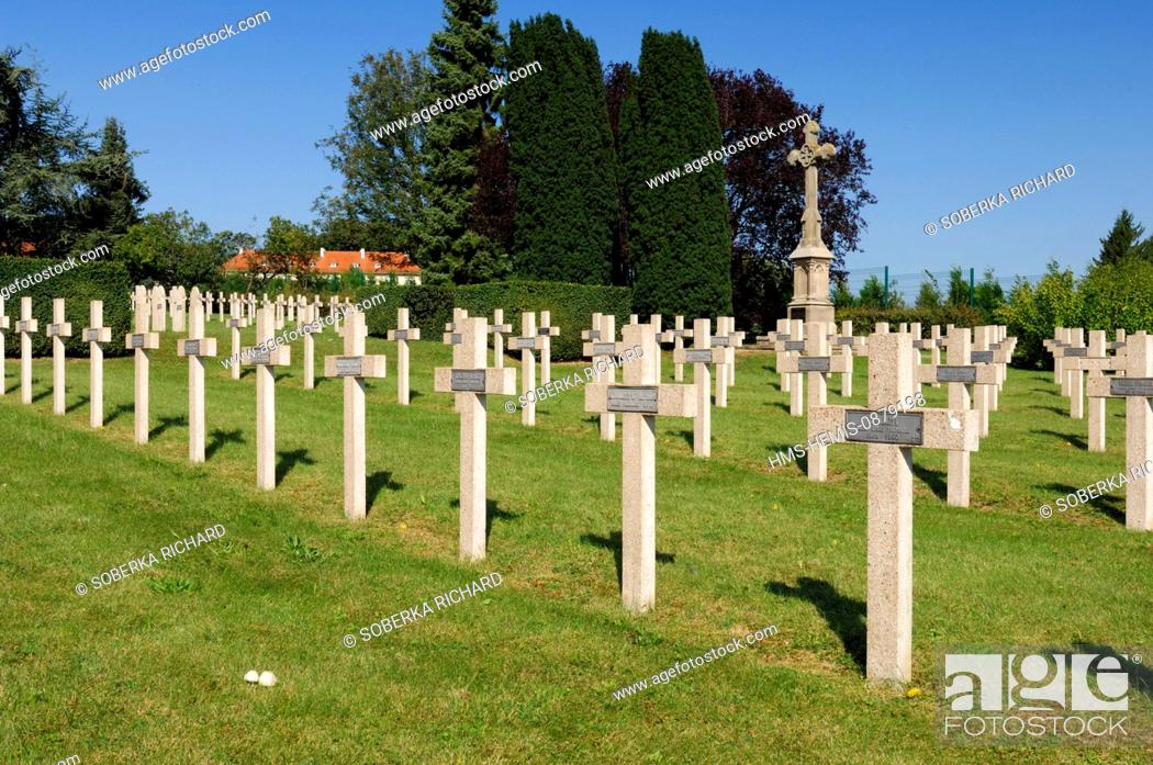 Stock Photo: France, Moselle, Sarrebourg, Military cemetery, graves of polish soldiers died in Lorraine during the second World War.