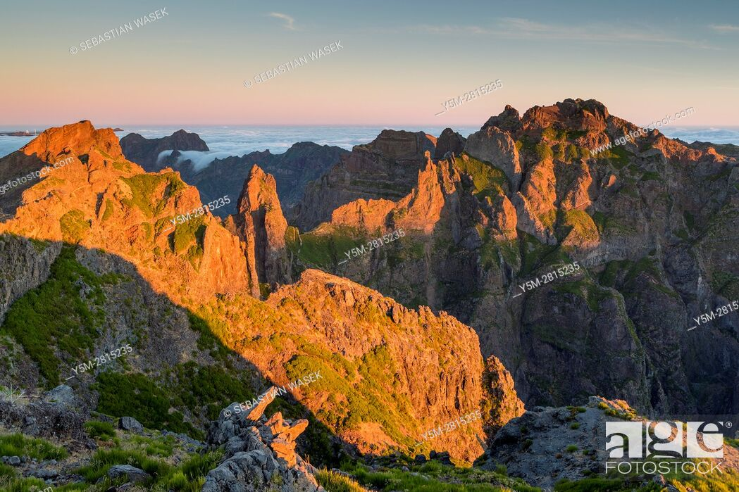 Stock Photo: Sunrise seen from Pico do Arieiro, Madeira, Portugal.