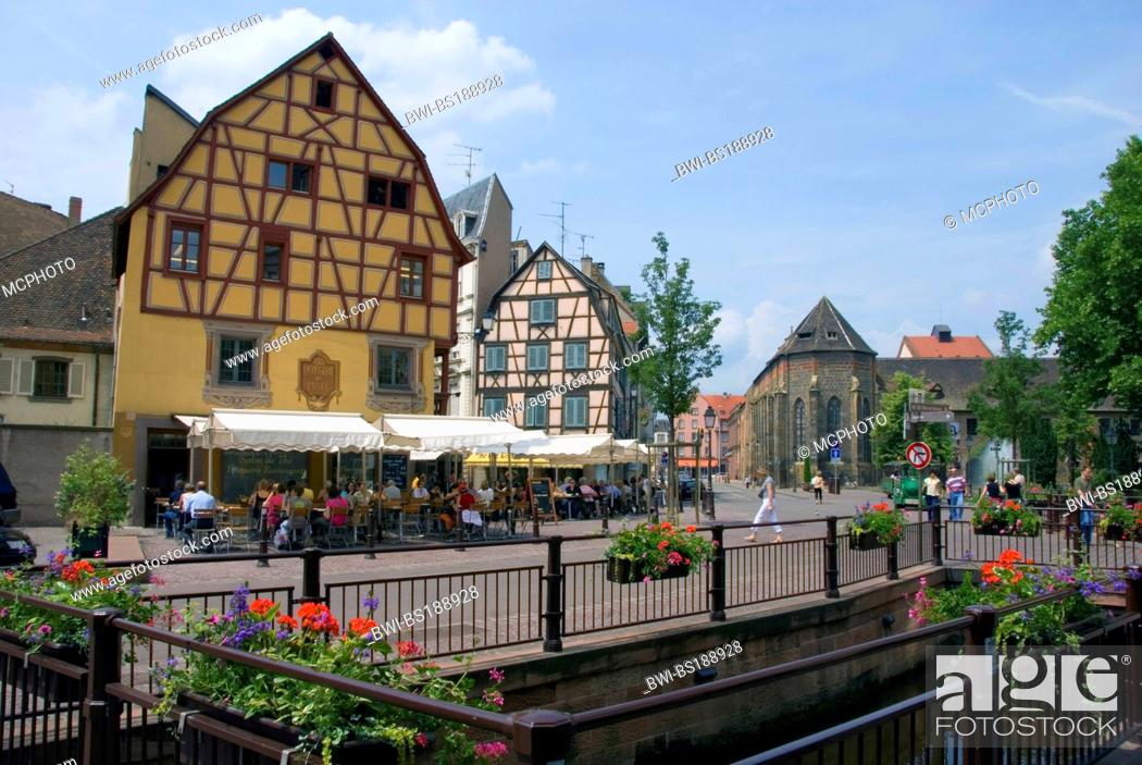 Stock Photo: timer framed houses of the old town, on the right hand side is the museum Unterlinden at the Place des Martyrs de la Resistance, France, Alsace, Colmar.