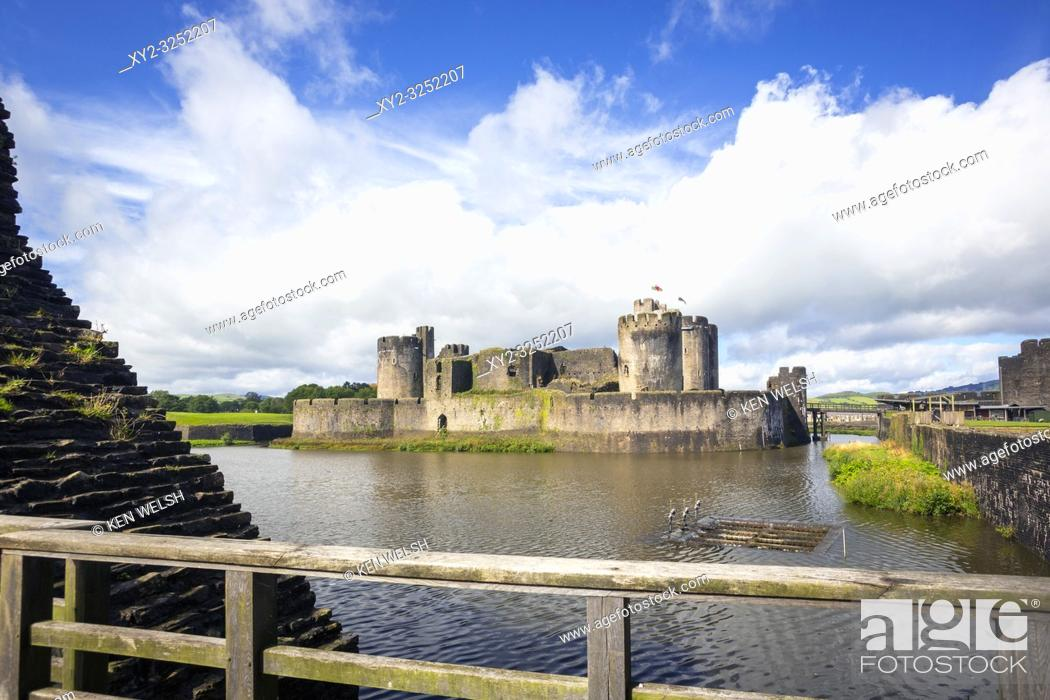 Stock Photo: Caerphilly, Caerphilly, Wales, United Kingdom. Caerphilly castle with its moat.