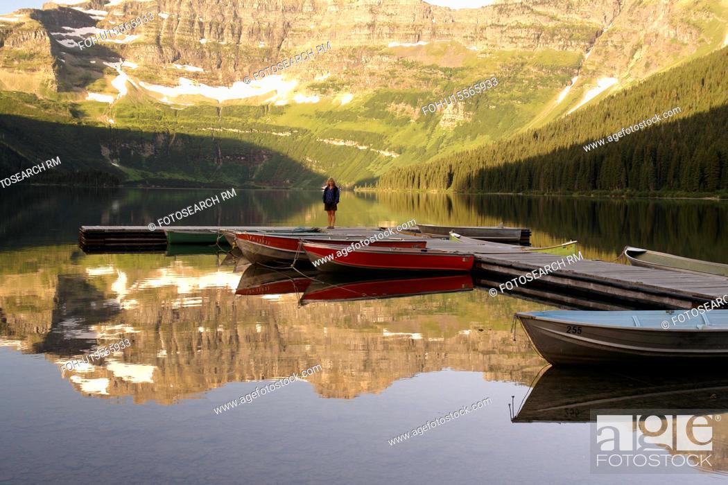 Stock Photo: Waterton Lakes National Park, Alberta, Canada, Rocky Mountains, Cameron Lake.