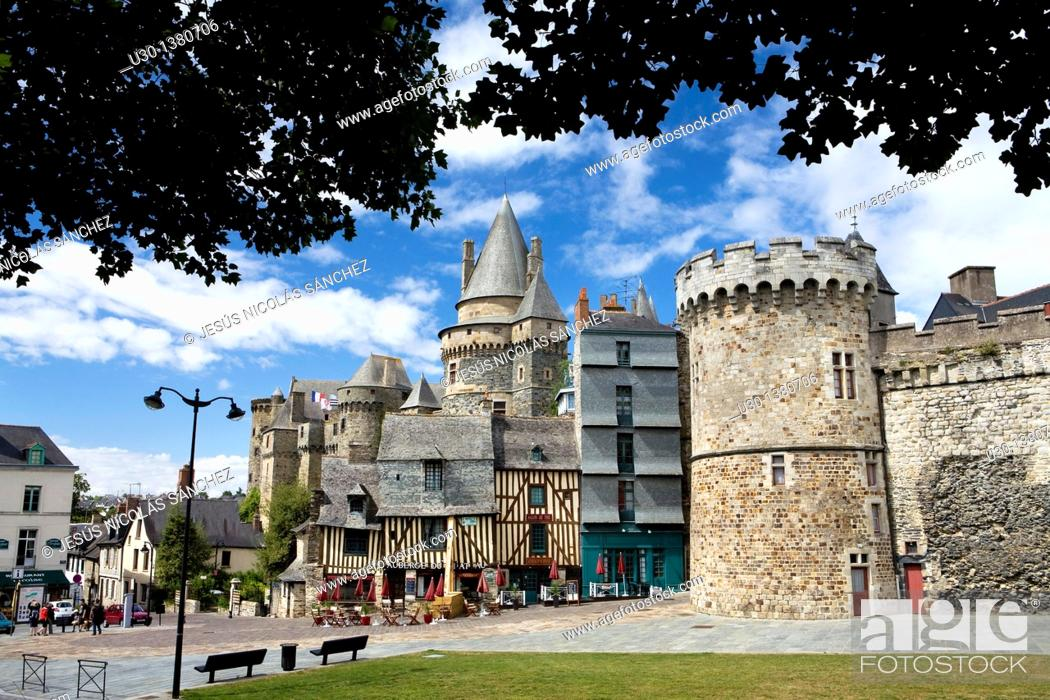 Stock Photo: Typical houses and the castle of the old town of Vitré, in Ille-et-Vilaine department  Brittany Region, France.