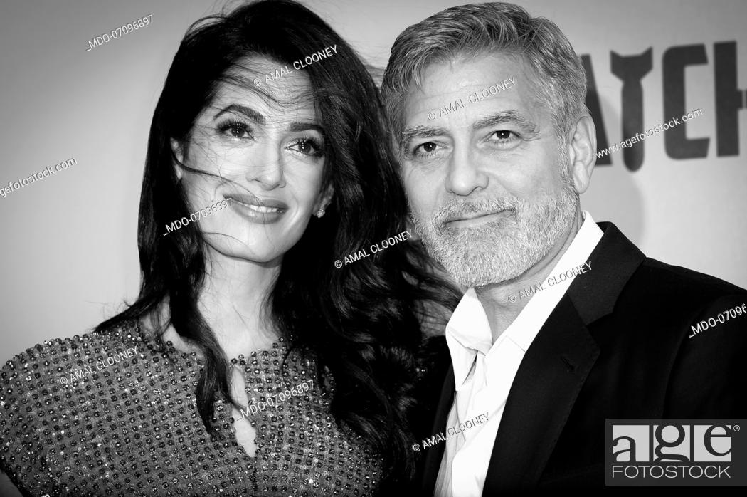 Photo de stock: American actor George Clooney and his wife, Lebanese lawyer Amal Clooney attend the premiere of the Sky TV serie Catch-22.