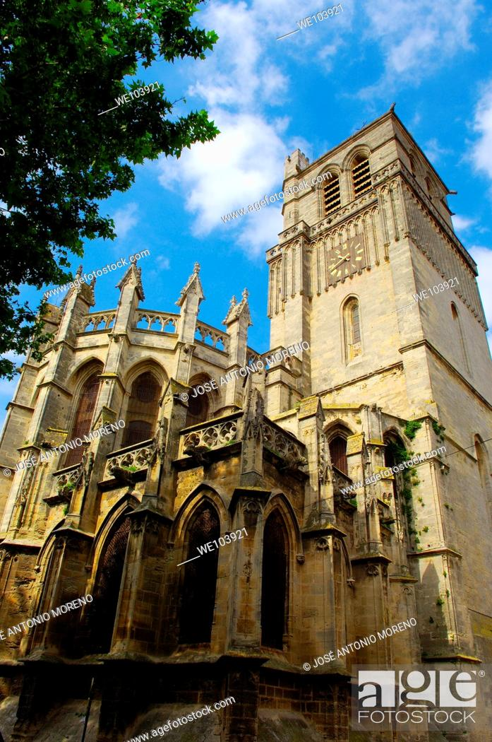 Stock Photo: Saint-Nazaire cathedral, Beziers, Herault, Languedoc-Roussillon, France.