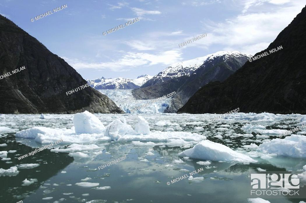 Stock Photo: The Sawyer Glacier a tidewater glacier at the end of Tracy Arm in Southeast Alaska, USA.