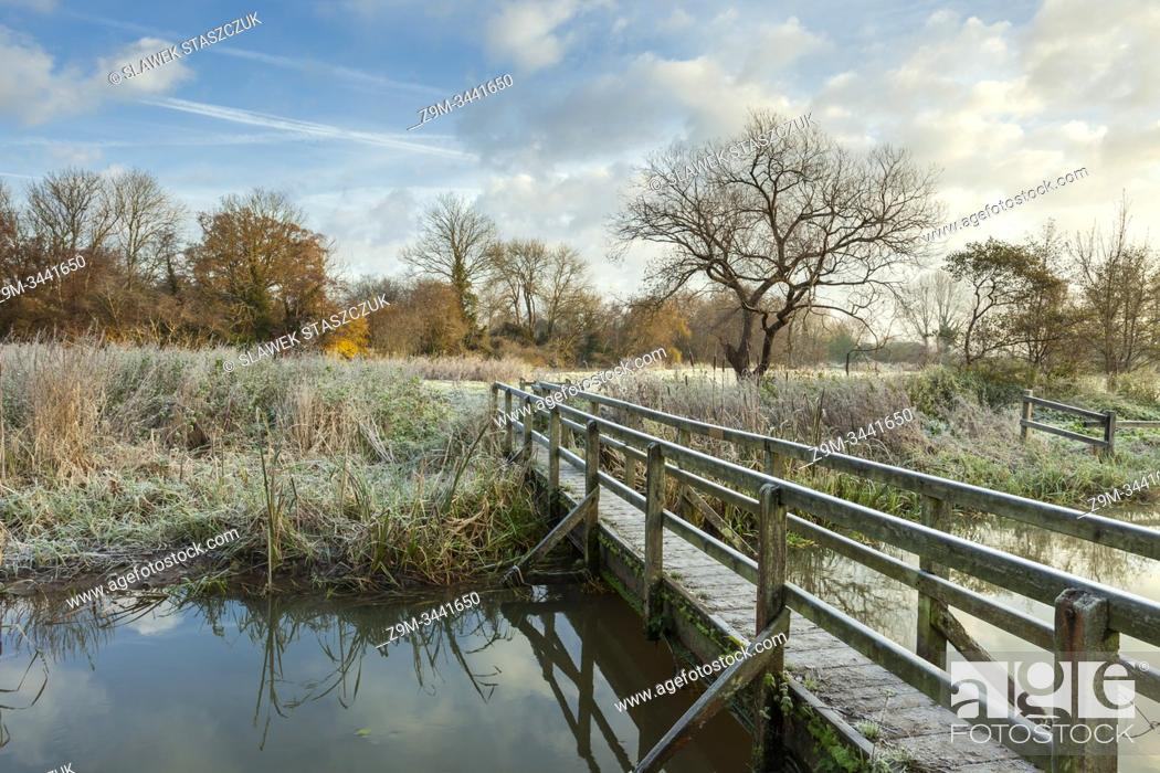 Stock Photo: Frosty morning on river Ouse in East Sussex, England.