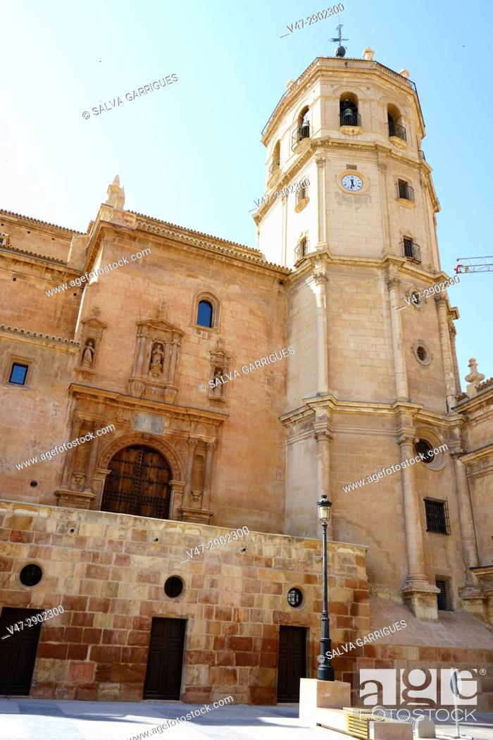 Imagen: Facade of the Collegiate Church of San Patricio, Lorca, Murcia, Spain.