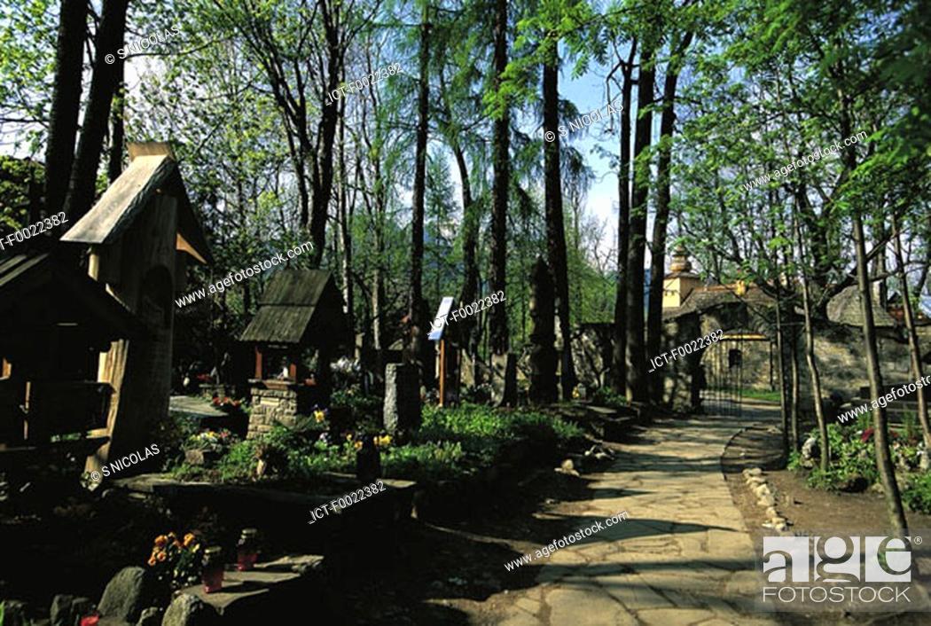 Stock Photo: Poland, Zakopane, cemetery.