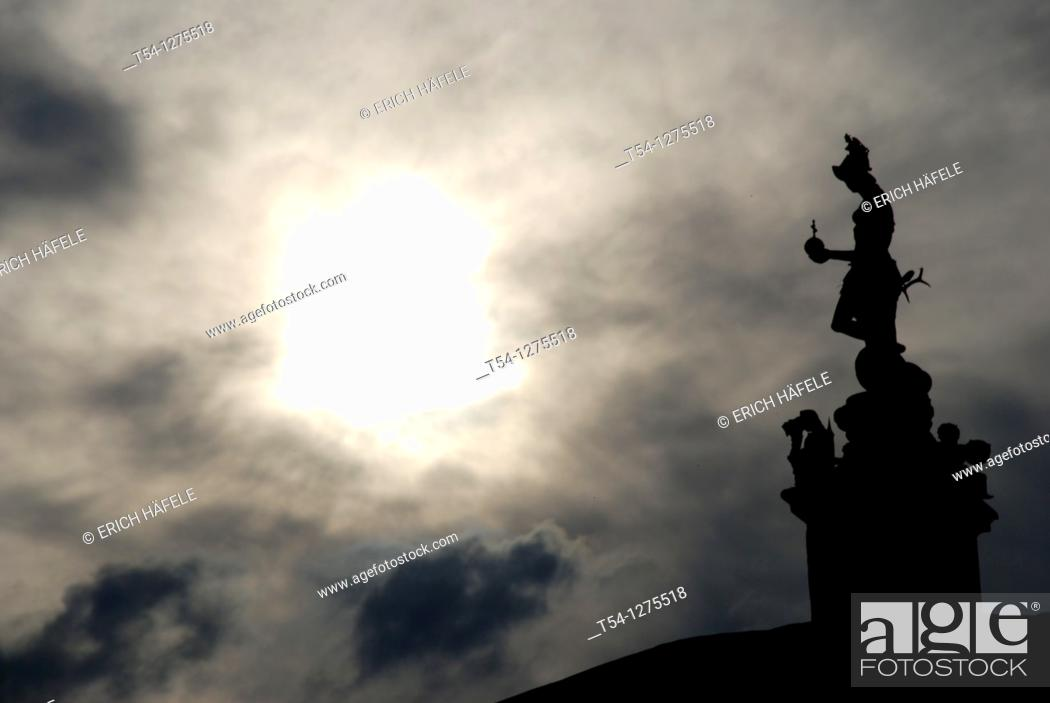 Stock Photo: Weather mood at the Temple of Diana in Munich.