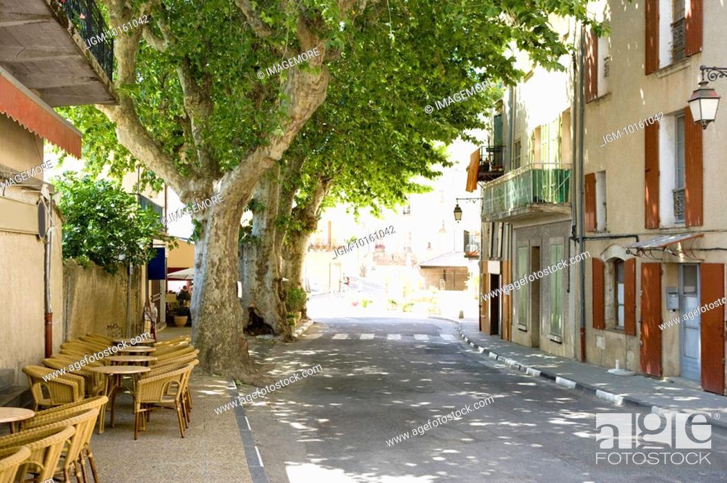 Stock Photo: City View in Plateau De Valensole, Provence-Alpes-Cote d'Azur, France.