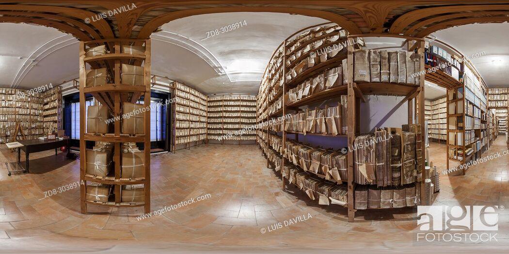 Imagen: File room. Medina Sidonia Palace. Sanlucar de Barrameda. Cadiz. Spain.